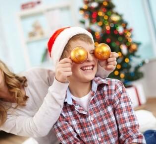 Новогодние игры для детей и взрослых: 20 вариантов конкурсов на любой вкус