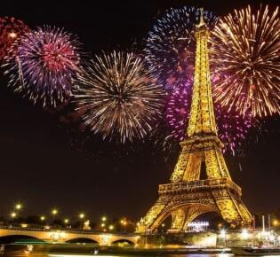 Новый год 2020 в Париже: как встретить и чем заняться в новогоднюю ночь