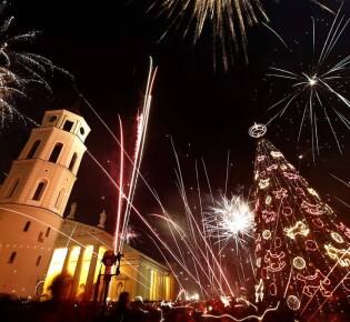 Где погулять и посмотреть праздничный салют в новогоднюю ночь 2021 в Минске