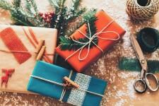 Идеи подарков родителям на Новый год – 100+ вариантов новогодних подарков родителям