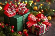 Идеи подарков маме на Новый год – 150+ вариантов новогодних подарков для мамы