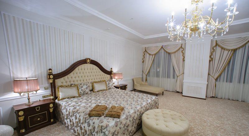 Президент отель