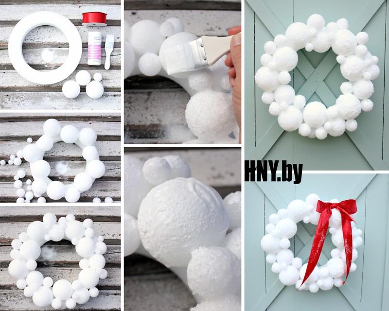 Зимний венок из пенопластовых шариков