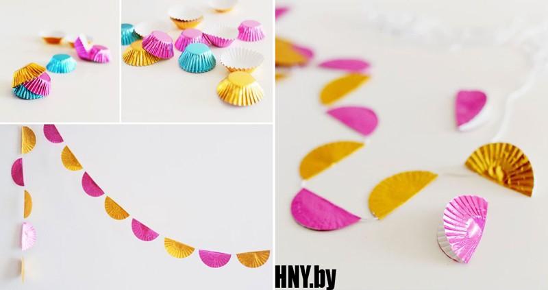 Очень простая гирлянда из конфетных оберток: украшаем елку вместе с детьми