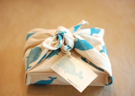 Новогодняя упаковка из ткани своими руками