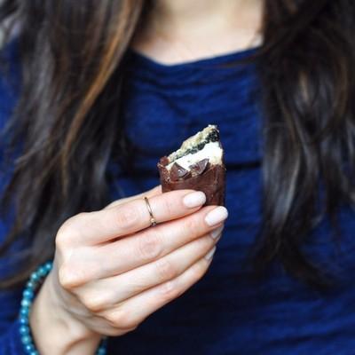 black-sesame-raw-cashew-cheesecake-bars-15