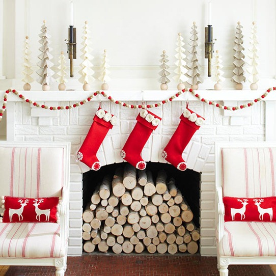 Декорируем квартиру к Новому году своими руками