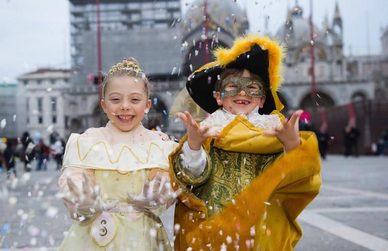 Венецианский костюмированный карнавал