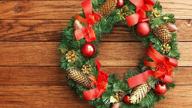 Новогоднее оформление дома своими руками: делаем рождественский венок