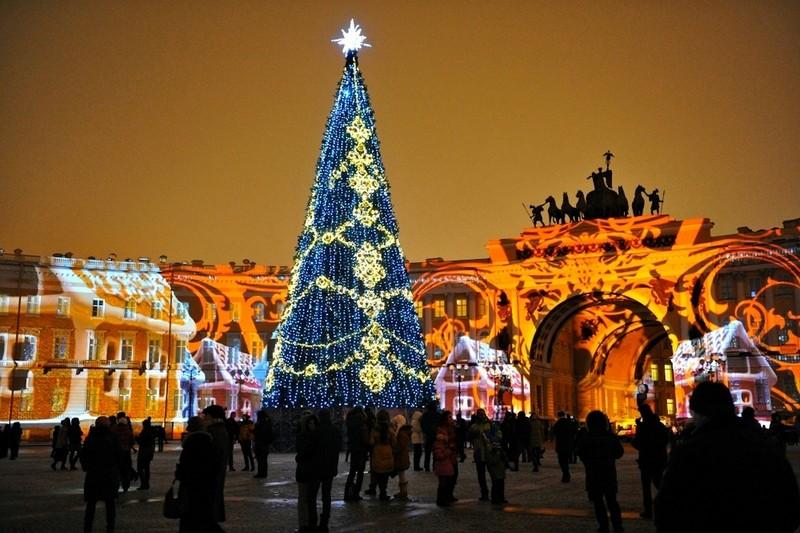 Где отметить Новый год в Питере: Дворцовая площадь