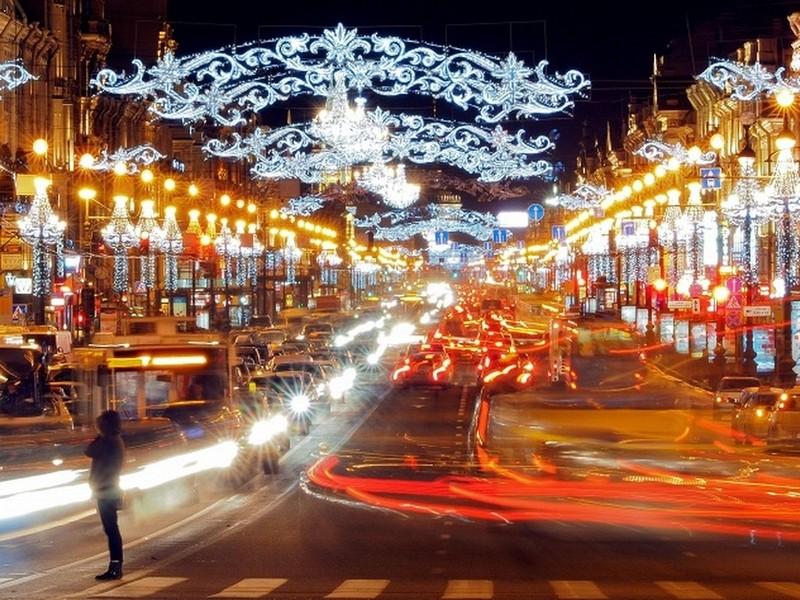 Где отметить Новый год в Питере: Невский проспект