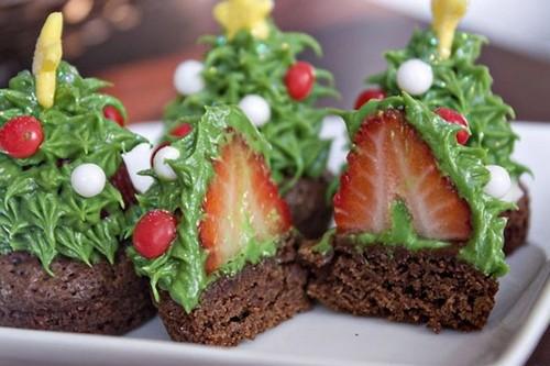 Украшение новогоднего стола: десерты на Новый год