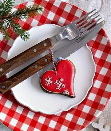 servirovka-novogodnego-stola_5