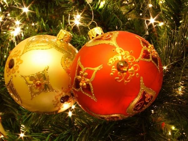Подбираем цвета для новогодней елки