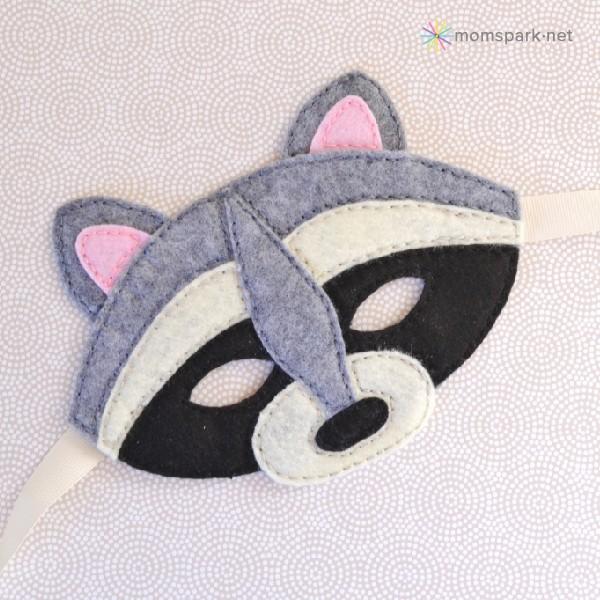 010-raccoonmask-momspark