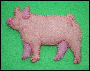 Фетровая свинка своими руками