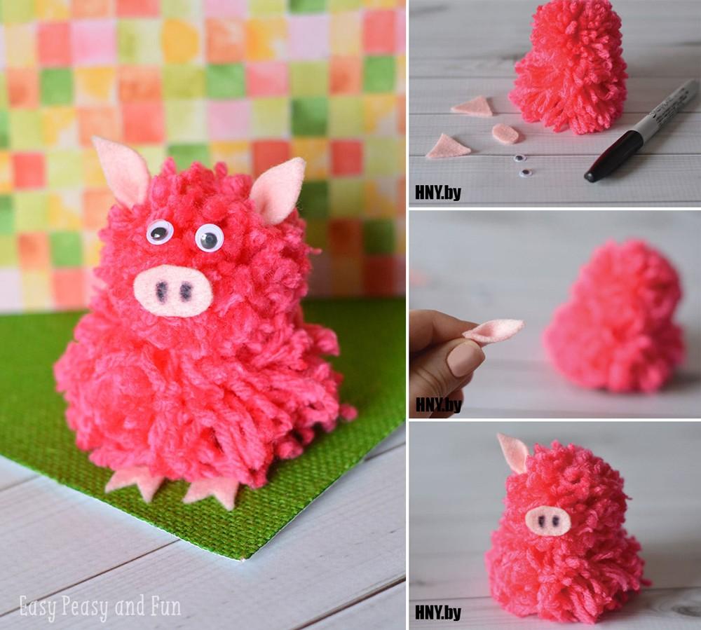 Животные из помпонов к Новому году: свинка